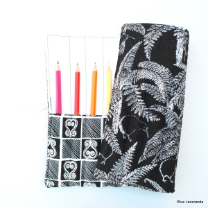 Pencil rolls 010
